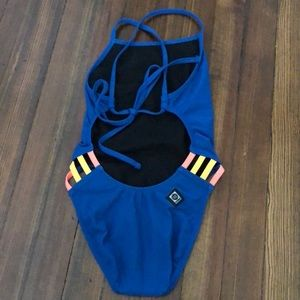 """Gavin"" jolyn swimsuit size 26 tie back."